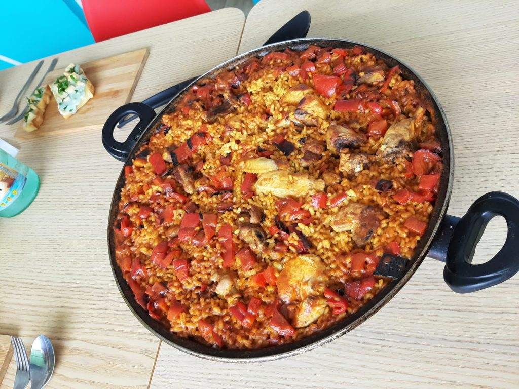 food-paella-at-be-positivo